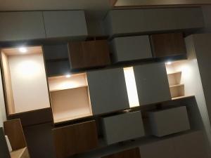 Meuble mixte ikea hack of le dahé avec spots lumineux. 3040€